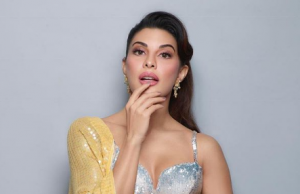 Jacqueline Fernandez in yellow sequined saree looks gorgeous
