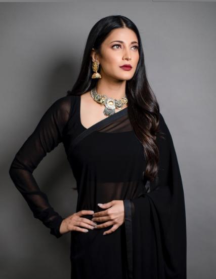 Shruti Hasan looks beyond gorgeous in this black sari | The Daily Chakra