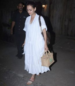 Dia Mirza is back with her summer wardrobe