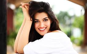 Kriti Sanon gains 15 kgs for her role in Mimi
