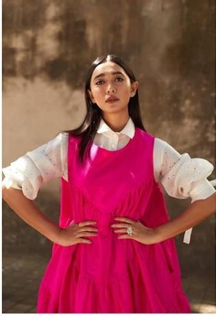 Sayani Gupta Looks Summer Ready In This Hot Pink Dress