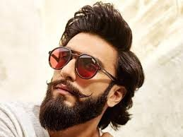 Ranveer Singh shells out fitspiration as he interacts with fans during his home workout session