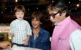 When Shah Rukh Khan's son AbRam was convinced that Amitabh Bachchan was his grandfather