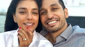 Arjun Kanungo gets engaged to Carla Dennis