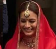 Dia Mirza looks radiant at her wedding ceremony