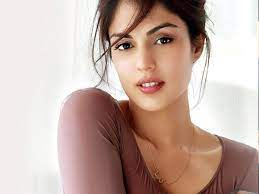 Rhea Chakraborty opens DMs, offers help during these tough times
