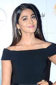 Pooja Hegde reveals a Pooja Hegde reveals a fun fact about her lifefun fact about her life