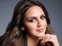 Esha Deol says that her father Dharmendra wasn't keen on her entering showbiz
