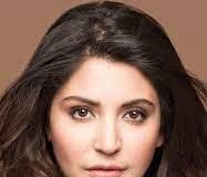 Anushka Sharma's click with Vamika leaves B-town in awe