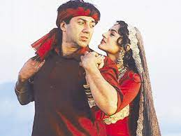 It's official! Sunny Deol and Ameesha Patel to team up for Gadar 2